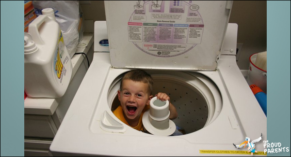 kid-in-washer